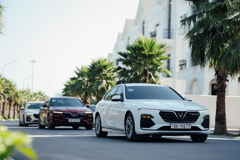 Sức bán của VinFast Lux A2.0 giảm liên tục trong 3 tháng gần đây với doanh số tháng 7/2020 chỉ đạt 355 xe