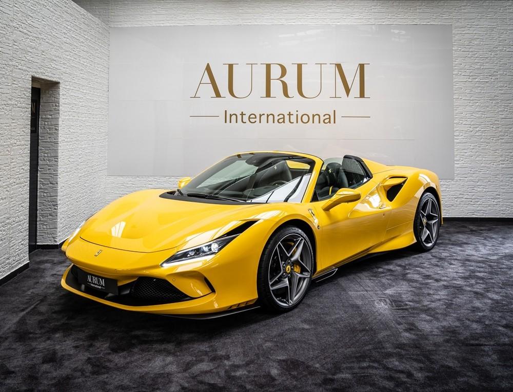 Một số thông tin ban đầu cho hay, chiếc siêu xe mui trần Ferrari F8 Spider đầu tiên về Việt Nam được nhập khẩu từ Đức. Đây là chiếc Ferrari F8 Spider duy nhất có mặt trong garage của đại lý siêu xe ở Đức này nhưng nhanh chóng được một công ty nhập khẩu tư nhân ở Sài thành mua lại và mang về Việt Nam.