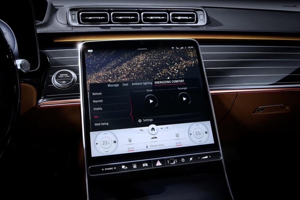 Màn hình thông tin giải trí của Mercedes-Benz S-Class 2021