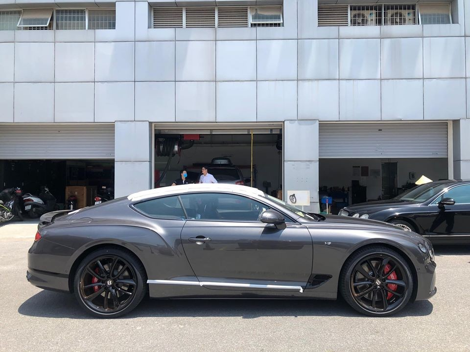 Bentley Continental GT V8 thế hệ mới đầu tiên về Việt Nam