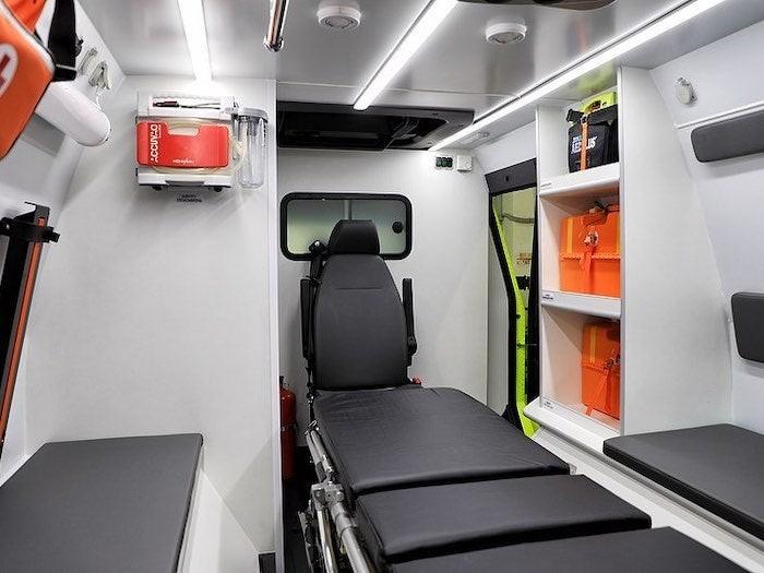 Không gian phục vụ mục đíchy tế củaShaman Ambulance