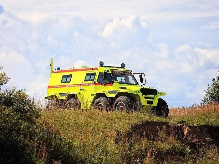 Avtoros Shaman Ambulance là một chiếc xe cứu thương 8x8 rất đặc biệt