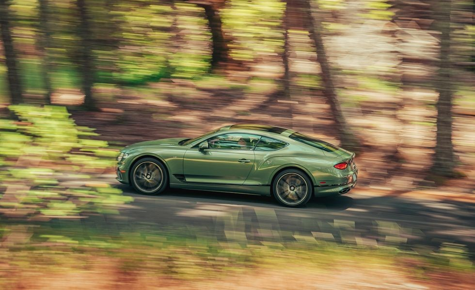 Vẻ đẹp của Bentley Continental GT V8 2020