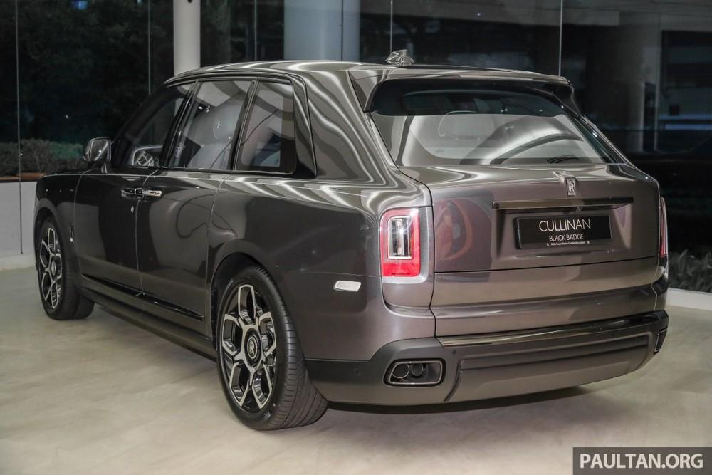Mức giá bán của Rolls-Royce Cullinan Black Badge tại Malaysia chưa bao gồm thuế và tuỳ chọn riêng của các khách hàng.