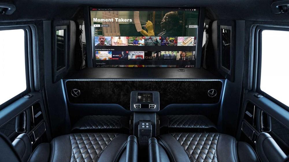Nội thất củaInkasMercedes-AMG G63 Limo2020 có bao gồm một tv màn hình phẳng 4K