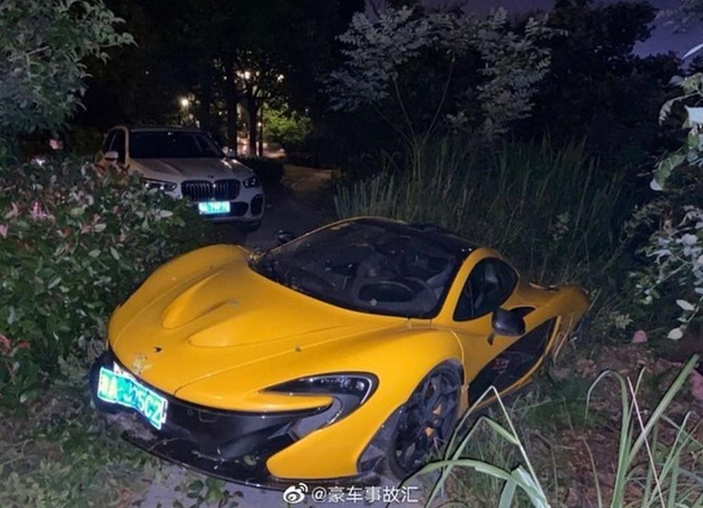 Chiếc McLaren P1 gặp nạn có số khung 133 và mang màu vàng