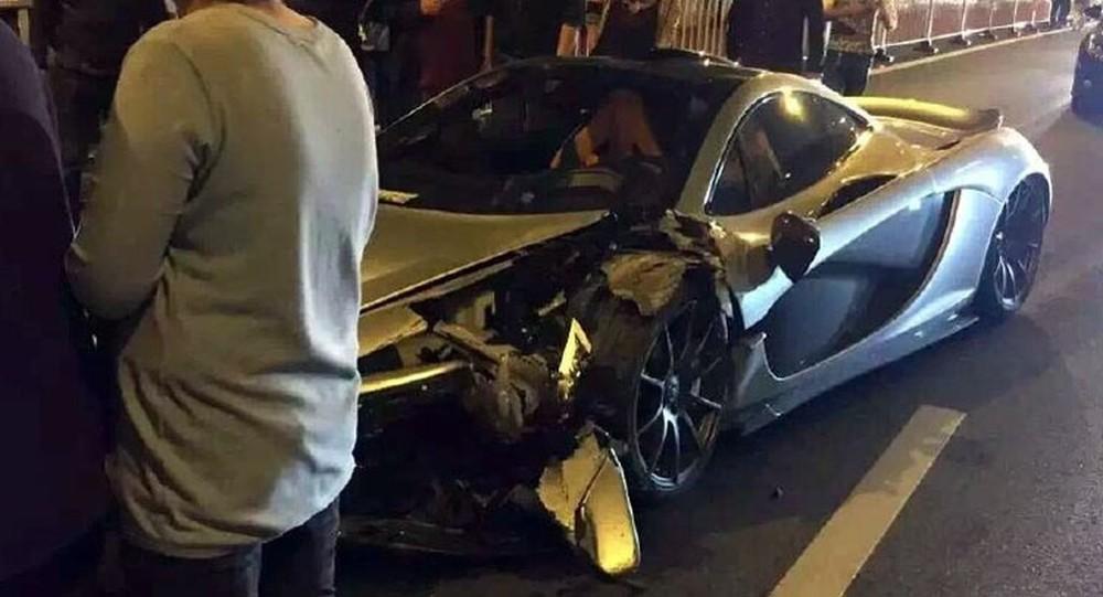 Trước đó vào năm 2016, một chiếc McLaren P1 đã tử nạn tại Trung Quốc sau tai nạn ở tốc độ cao