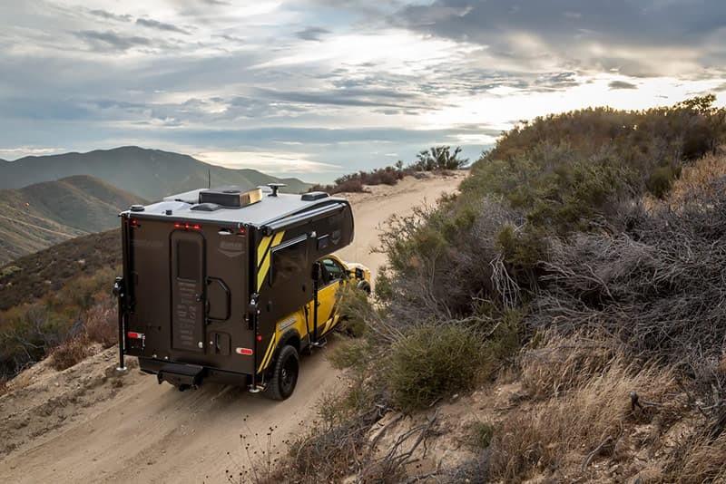 Nó được độ đáng kể để nâng cao khả năng off-road và xử lý