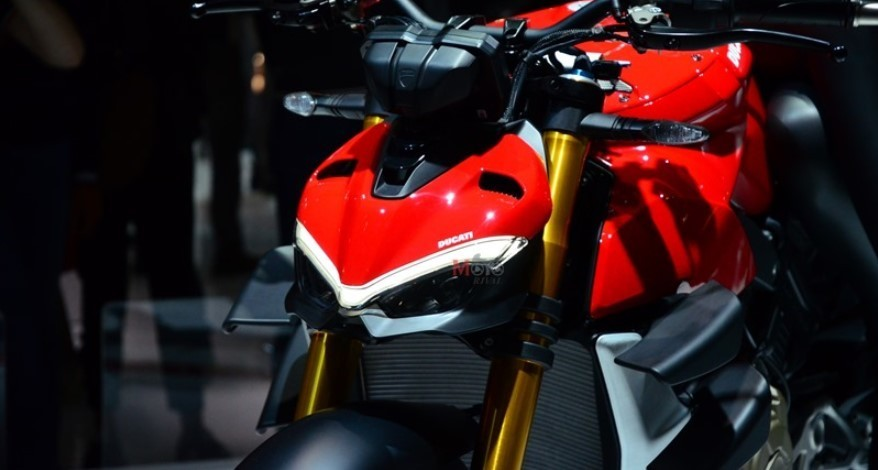 Đèn pha Ducati Streetfighter V4