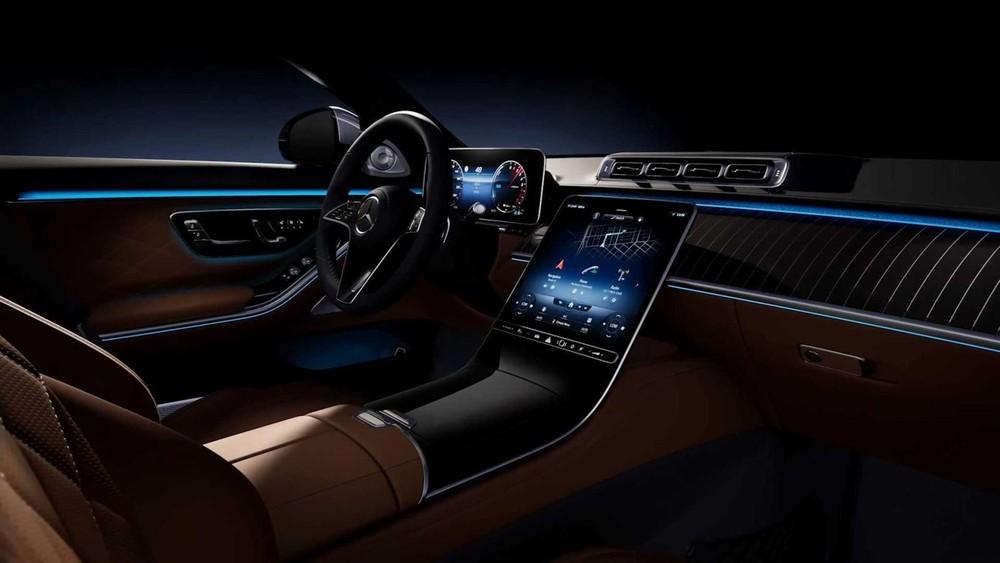 Nội thất hiện đại và tràn ngập công nghệ kết nối của Mercedes-Benz S-Class 2021