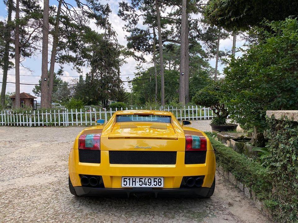 Thiết kế đuôi xe của Lamborghini Gallardo
