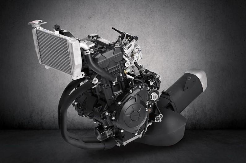 Động cơ xylanh đôi 321cc trên Yamaha R3
