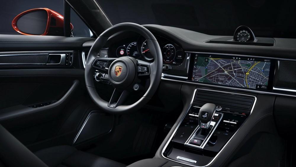 Nội thất bên trong Porsche Panamera 2021