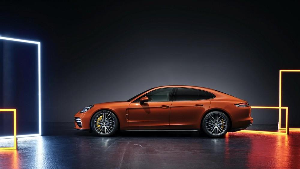 Porsche Panamera 2021 sẽ có mặt tại đại lý vào giữa tháng 10 năm nay