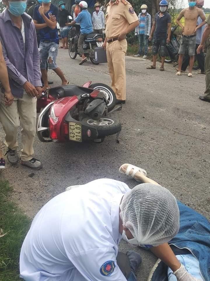 Hiện trường vụ tai nạn hi hữu tại Quảng Nam