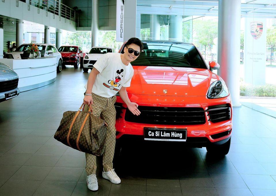 Ca sĩ Lâm Hùng tậu chiếc xe thứ 22 trong đời
