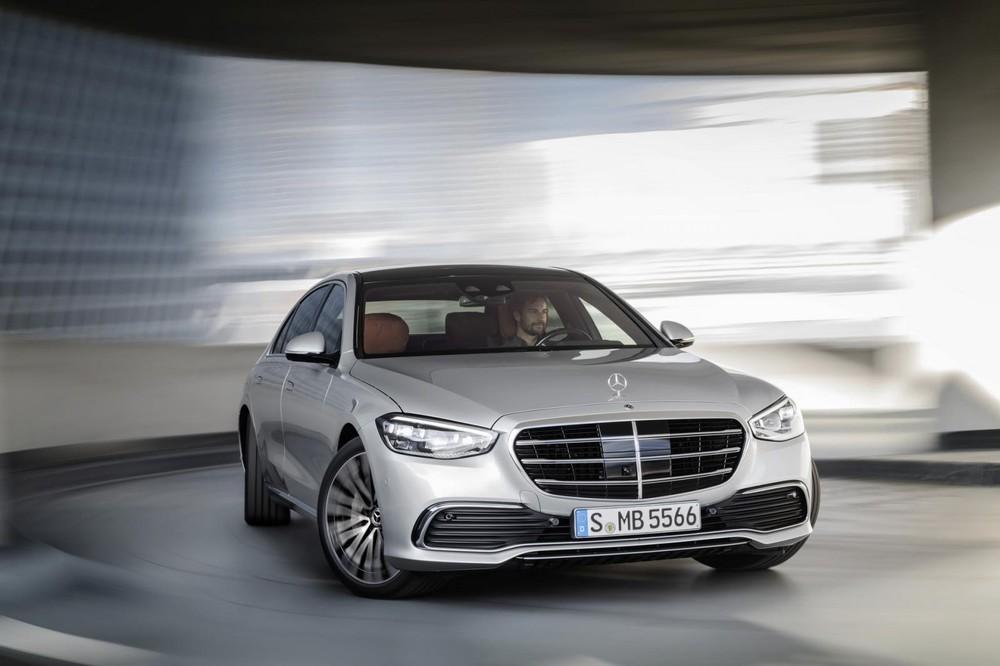 Thiết kế đầu xe mới của Mercedes-Benz S-Class 2021