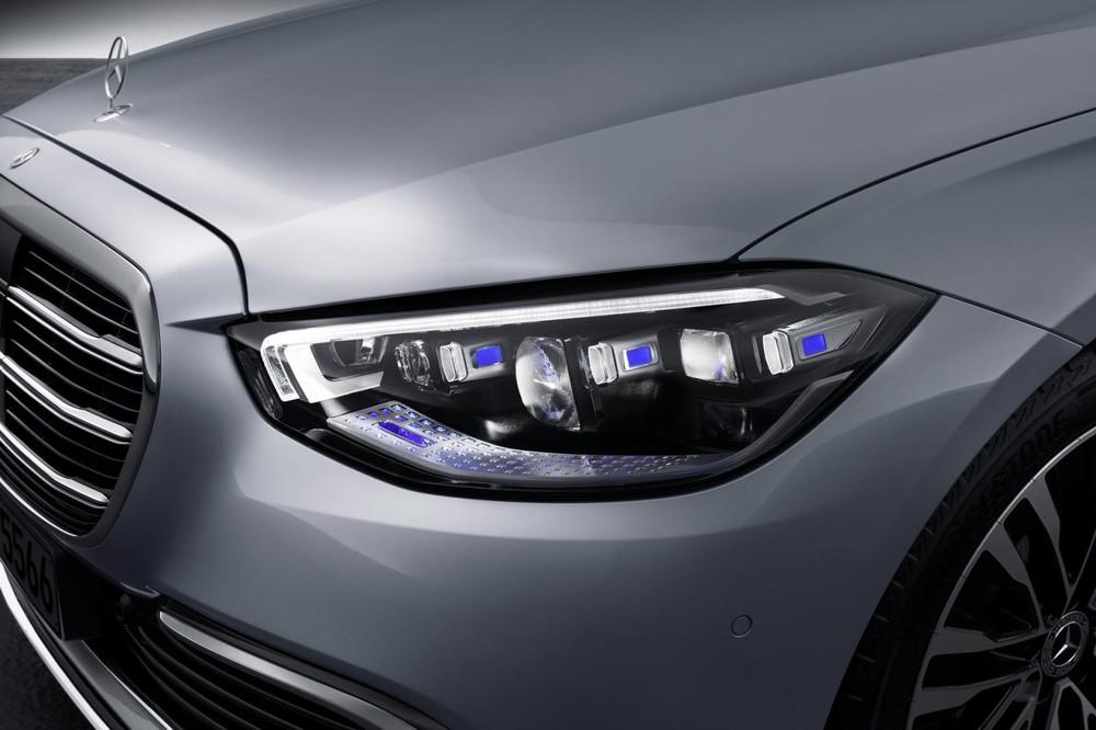 Cận cảnh cụm đèn pha mới của Mercedes-Benz S-Class 2021