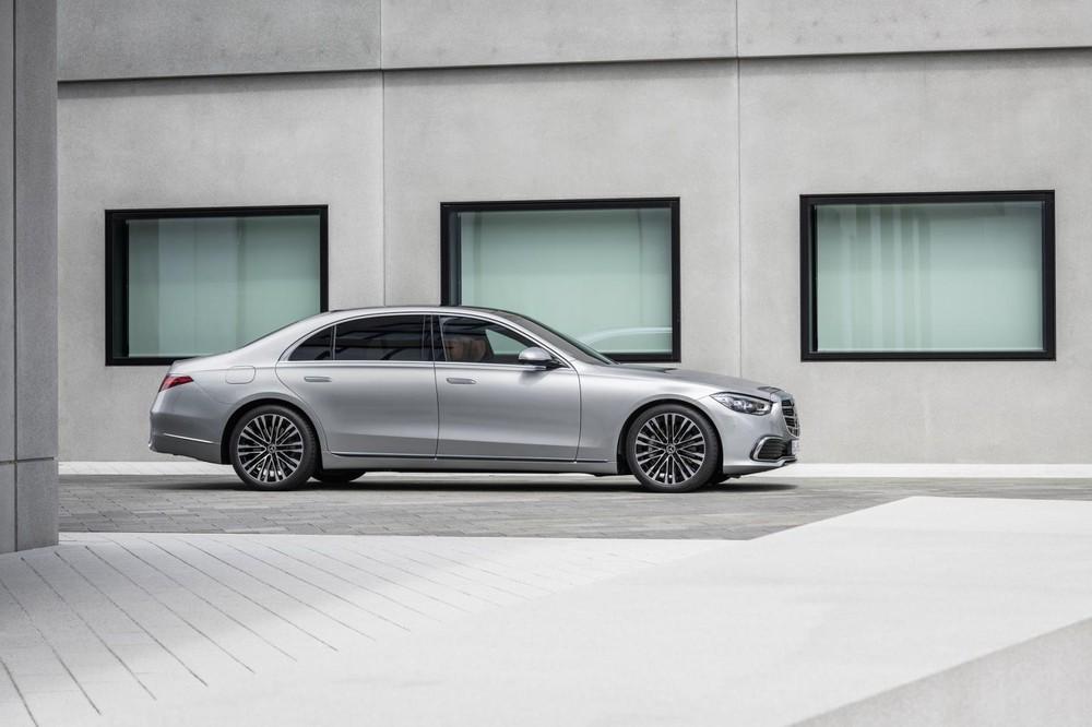 Mercedes-Benz S-Class 2021 dài, rộng và cao hơn thế hệ cũ