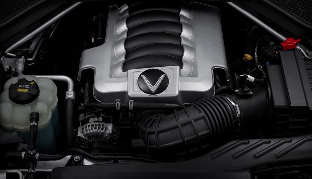 Khối động cơ V86.2L mạnh mẽ.