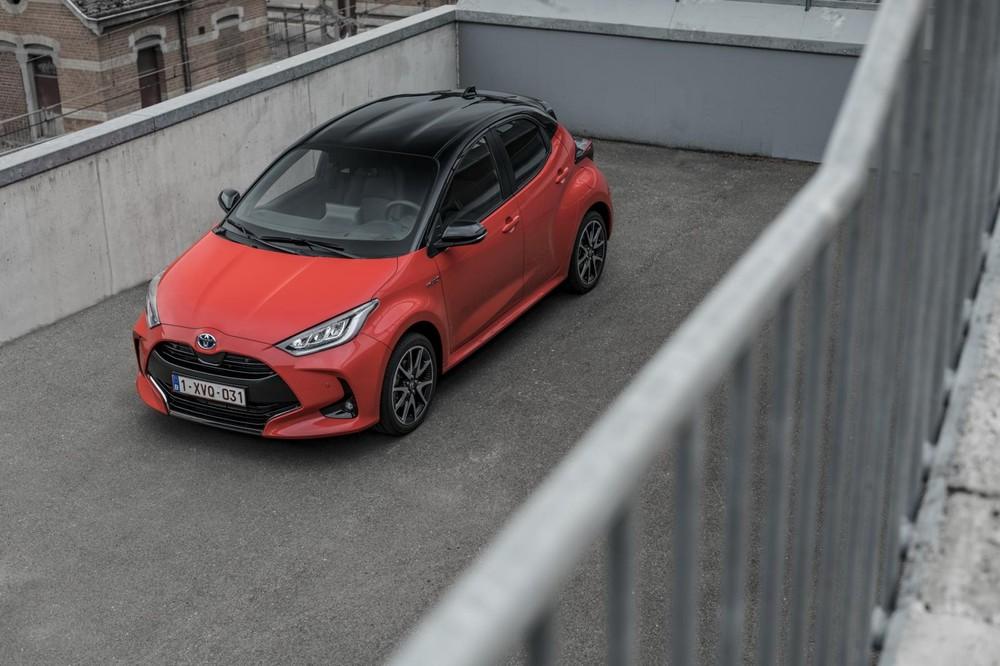 Toyota Yaris là mẫu xe ít thu hút nhất với người dùng Tinder