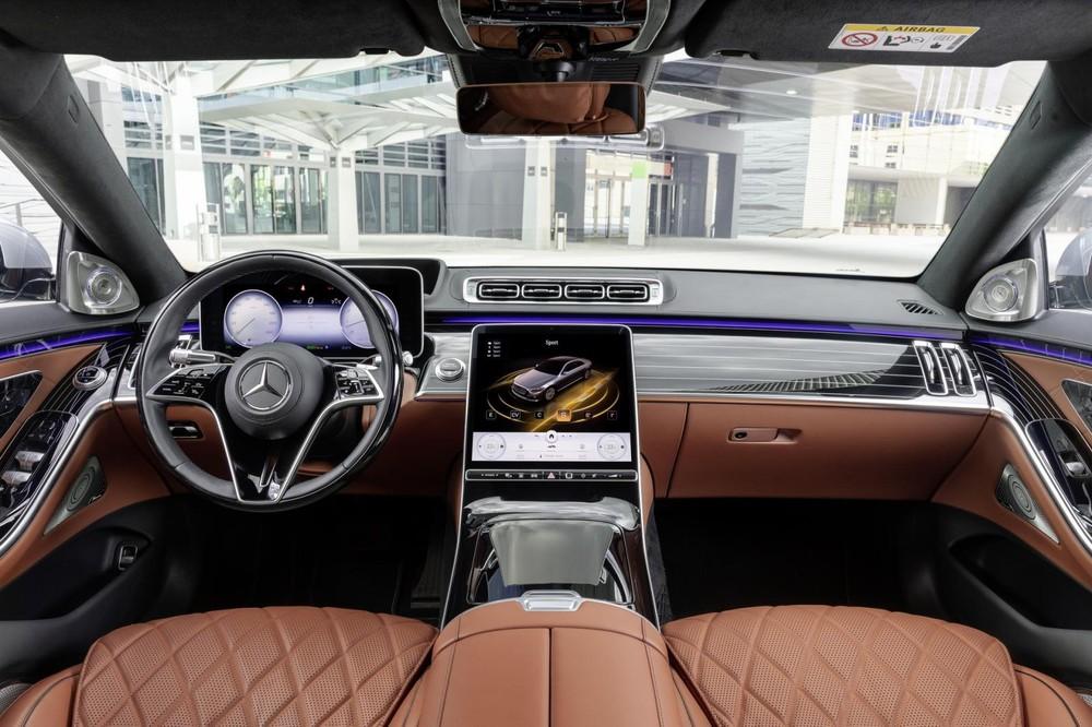Nội thất sang trọng bên trong Mercedes-Benz S-Class 2021