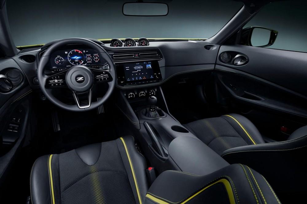 Nội thất bên trong Nissan Z Proto