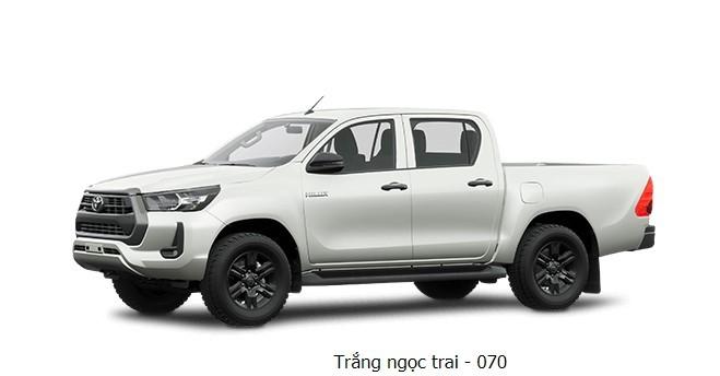Toyota Hilux 2020 phiên bản màu trắng ngọc trai