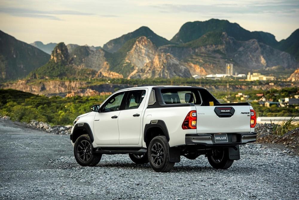 Toyota Hilux 2020 được đánh giá là có thiết kế táo bạo, mới mẻ