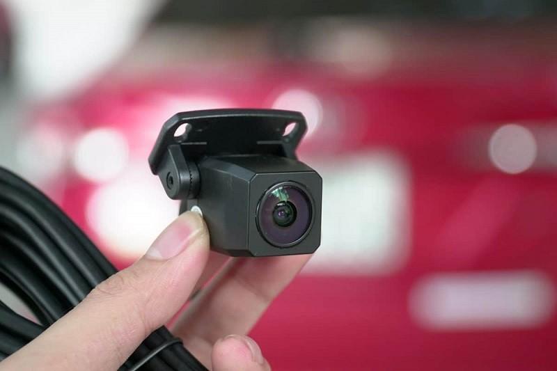 Camera lùi không dây mang đến sự tiện lợi cho người dùng