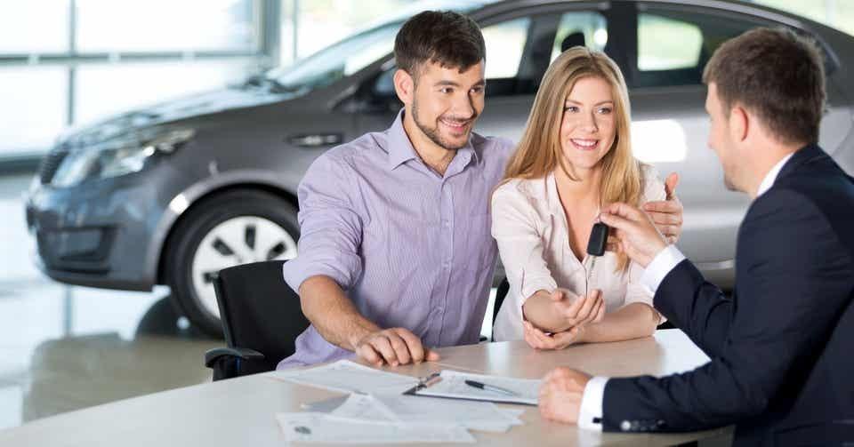 Phụ thuộc vào yêu cầu của mỗi ngân hàng khác nhau mà bạn cần chuẩn bị cho mình những loại giấy tờ cần thiết.