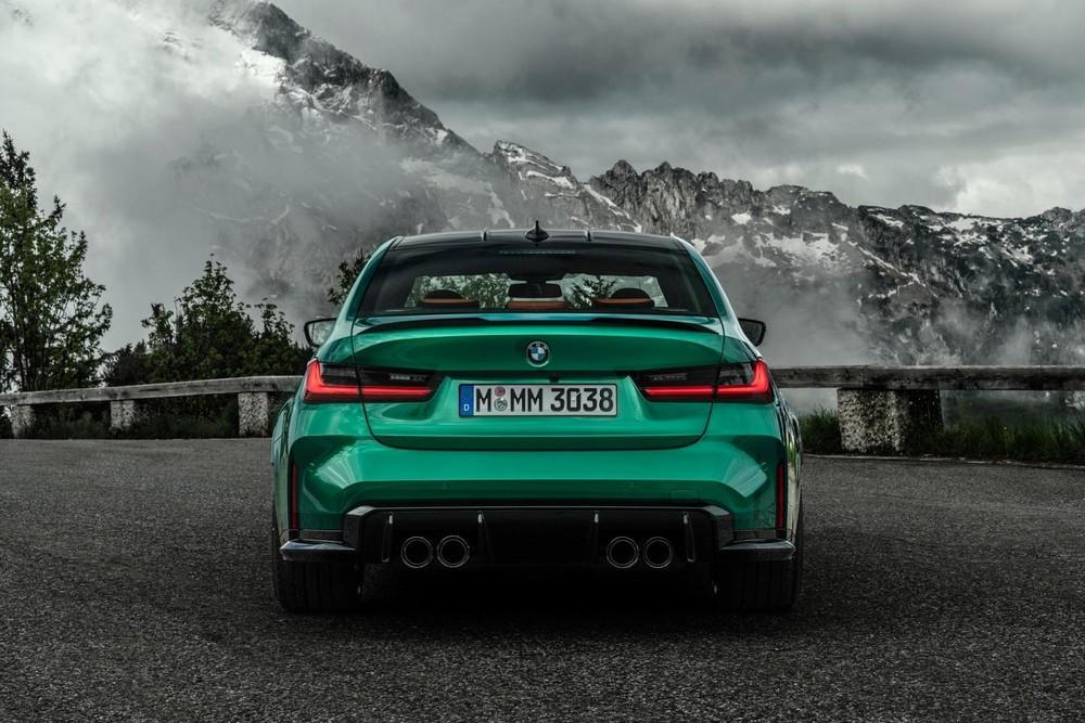 Thiết kế đằng sau của BMW M3 2021