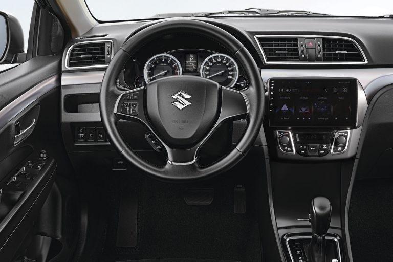 Suzuki Ciaz mới có mức tiêu thụ nhiên liệu 7,65 lít/100 km đường đô thị