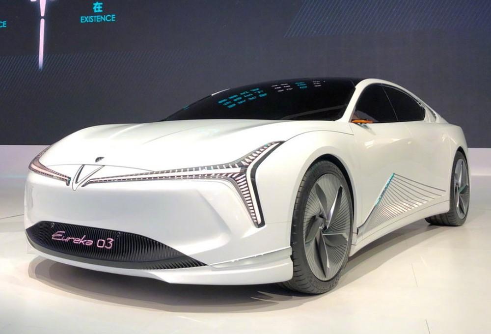 Neta Eureka 03 là một mẫu concept sedan-coupe chạy điện hạng sang cạnh tranh Xpeng P7 và Tesla Model 3