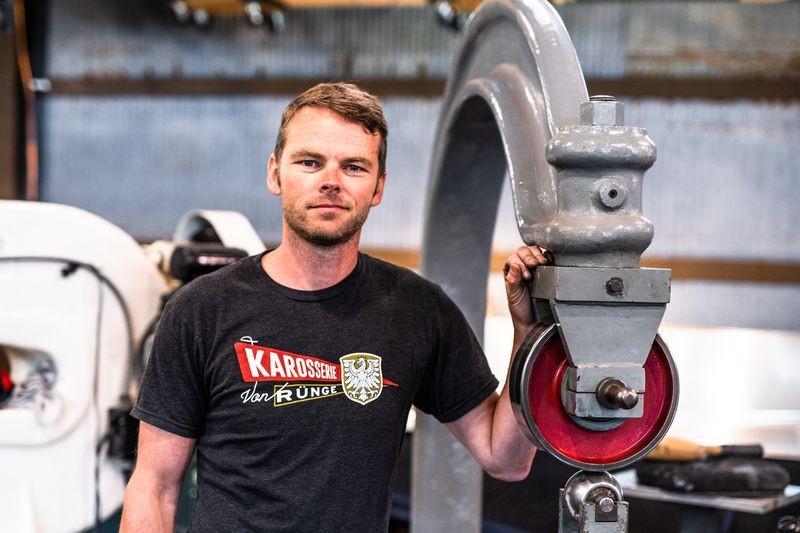 Christopher Rünge - cựu vận động viên trượt tuyết nhưng nay đã chuyển sang chế tạo ô tô