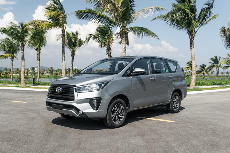 Trong bảng giá xe Toyota 2020, mẫu xe Innova có giá khởi điểm từ 750triệu Đồng