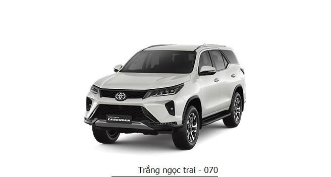 Màu trắng ngọc trai của Toyota Fortuner đắt hơn 8 triệu đồng