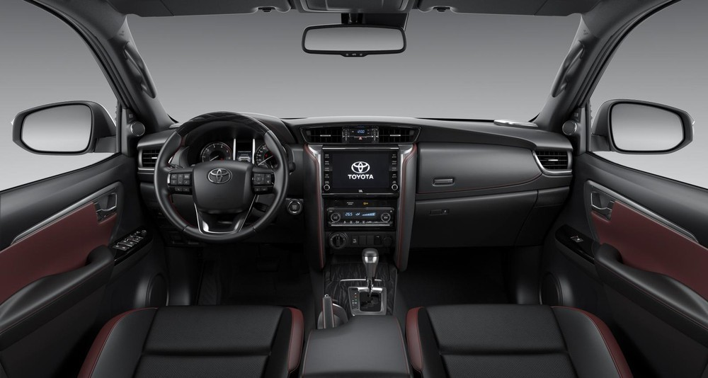 Nội thất của xe Toyota Fortuner 2020