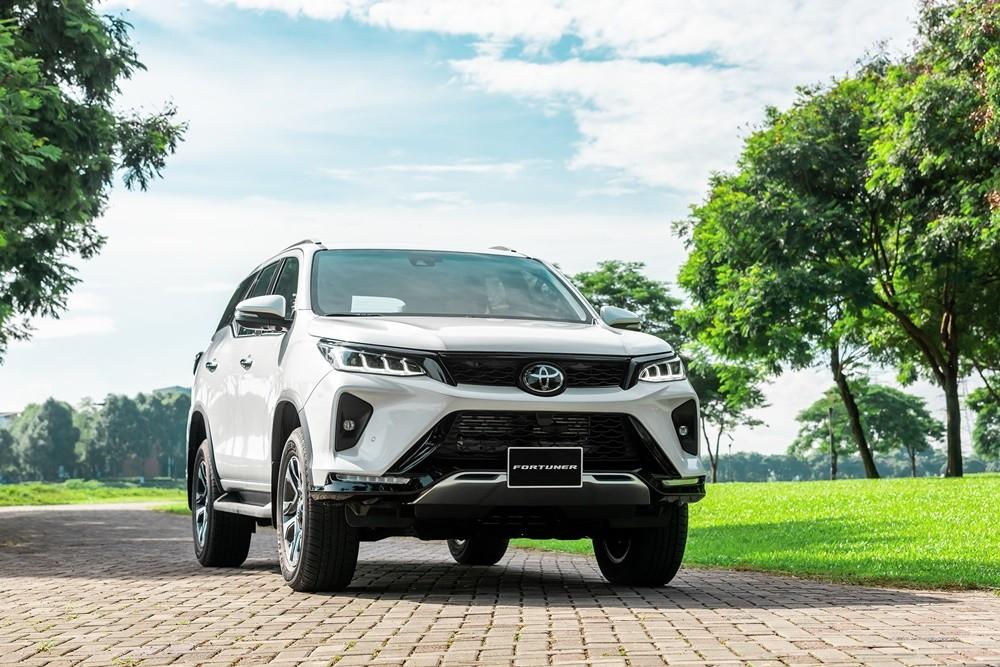 Trong bảng giá xe Toyota 2020, mẫu xe Fortuner có giá khởi điểm từ 995 triệu đồng