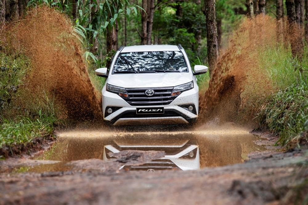 Mẫu xe Toyota Rush 2020 được nhập khẩu nguyên chiếc từ Indonesia