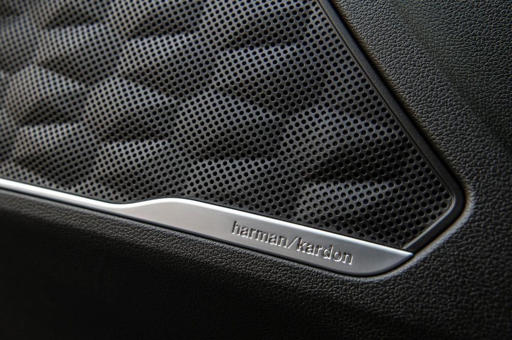 Hệ thống âm thanh của Harman Kardon của Hyundai Santa Fe 2021