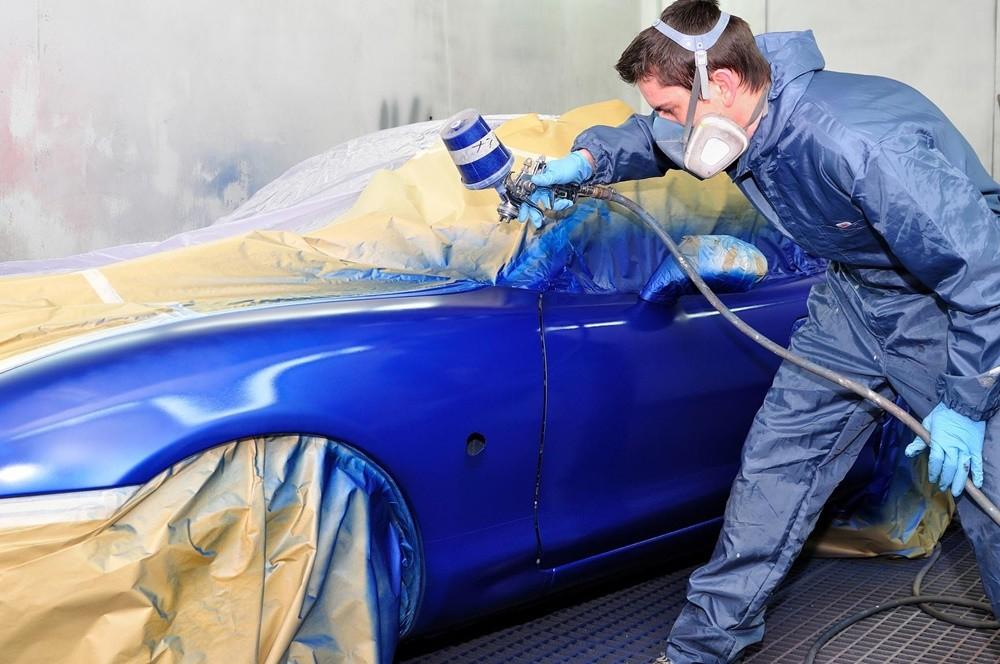 Có 2 kiểu sơn xe chính: Sơn dặm ô tô và sơn toàn bộ.