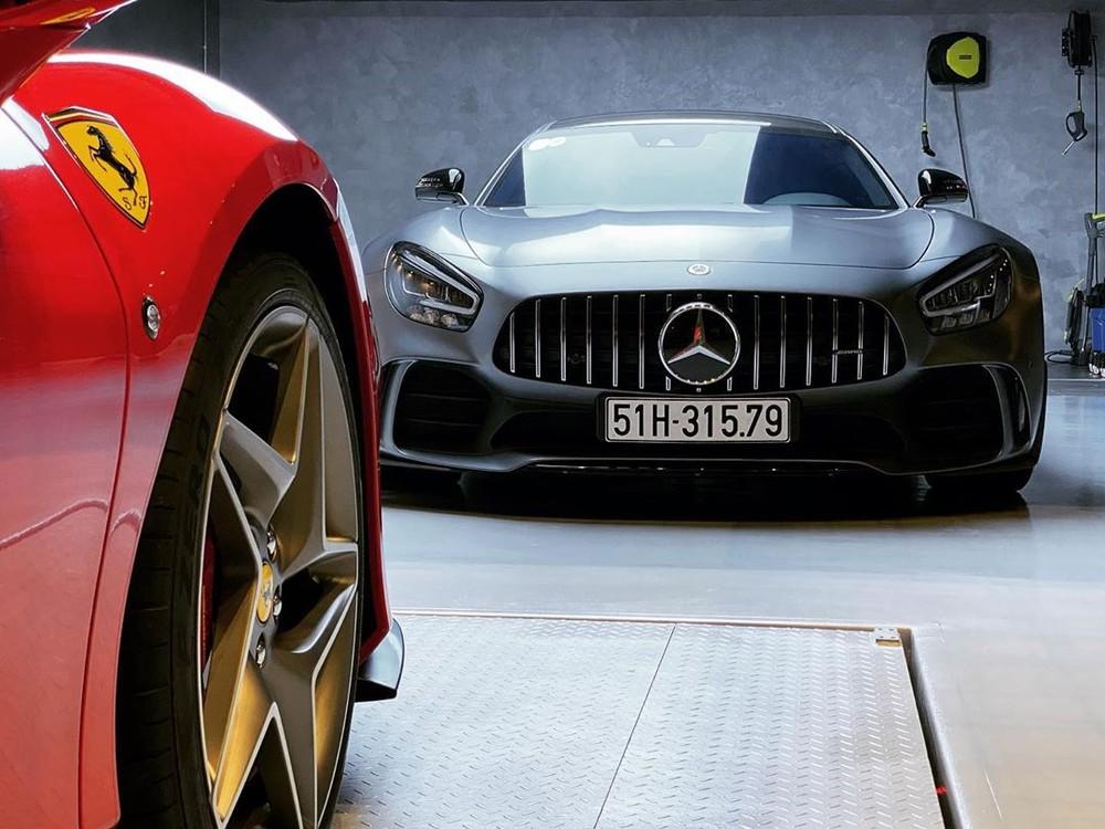 Còn biển số 51H-315.79 là của siêu xe Mercedes-AMG GT R