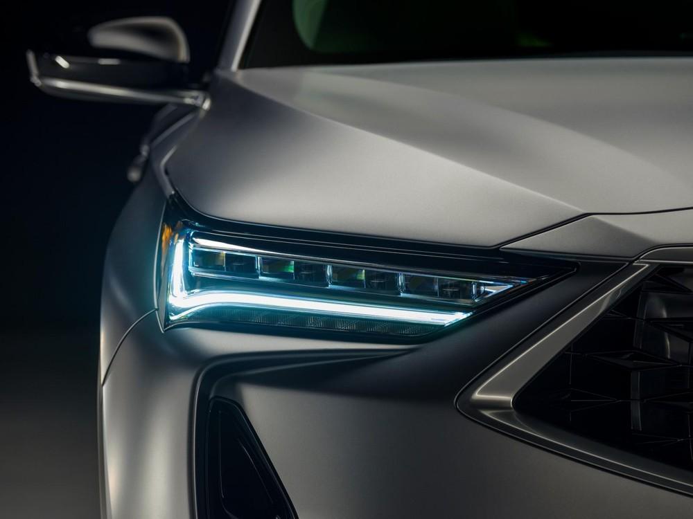 Cận cảnh đèn pha của Acura MDX