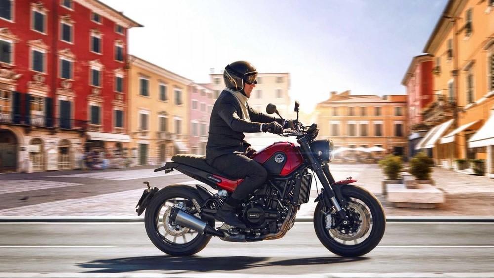 Benelli Leoncino 500 Scrambler 2021 chính thức ra mắt tại thị trường Mỹ