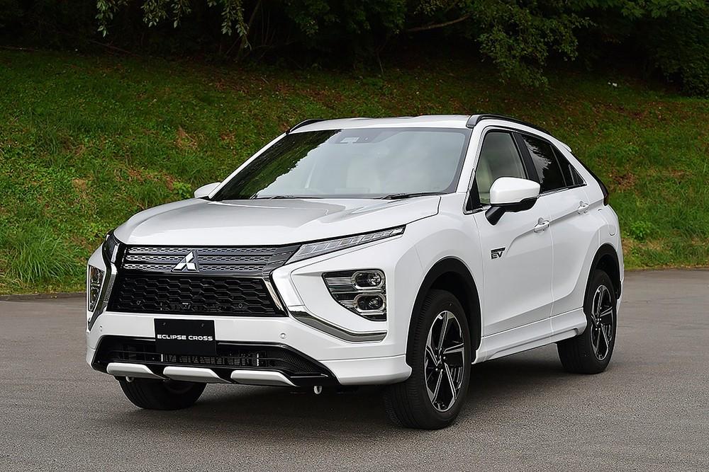 Mitsubishi Eclipse Cross 2021 ra mắt