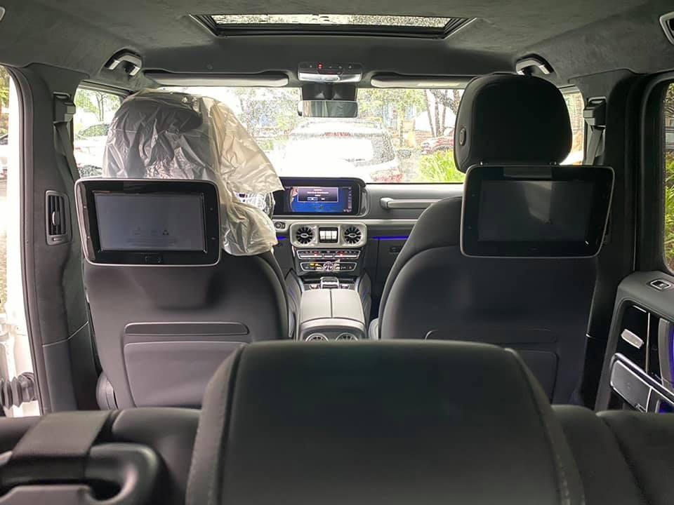 Bên trong khoang lái của SUV hạng sang Mercedes-AMG G63 Stronger Than Time Edition đầu tiên ở Đà Nẵng