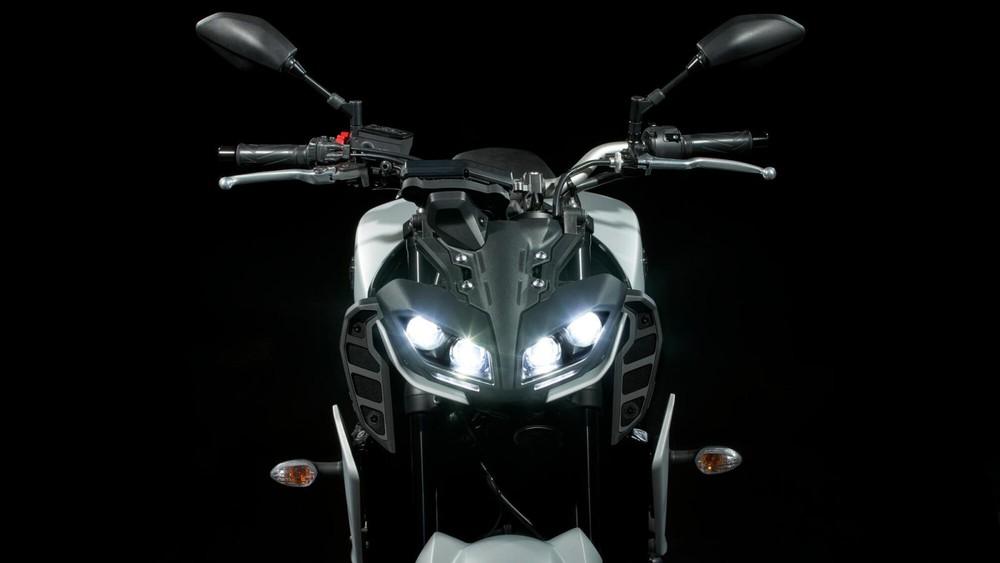 Đầu đèn xe Yamaha MT-09 2020