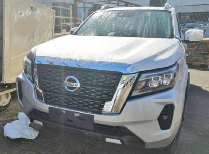 Thiết kế đầu xe của Nissan Navara mới