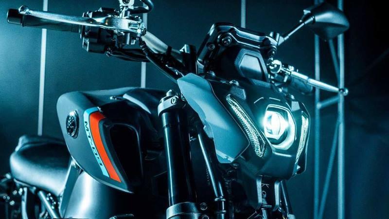 Đèn pha mang thiết kế mới trên Yamaha MT-09